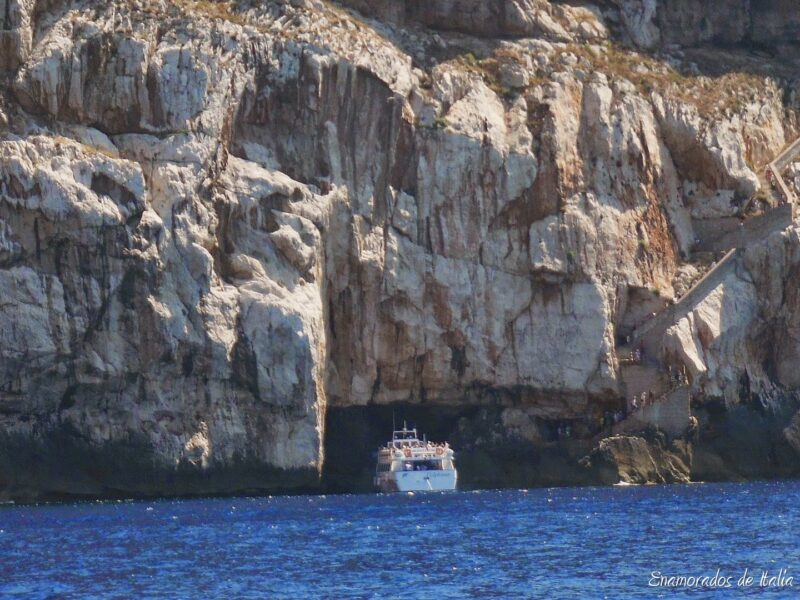 La cueva de Neptuno cerca de Alguer.