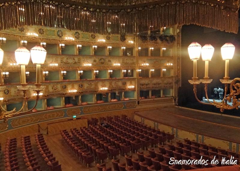 Teatro La Fenice Venecia.