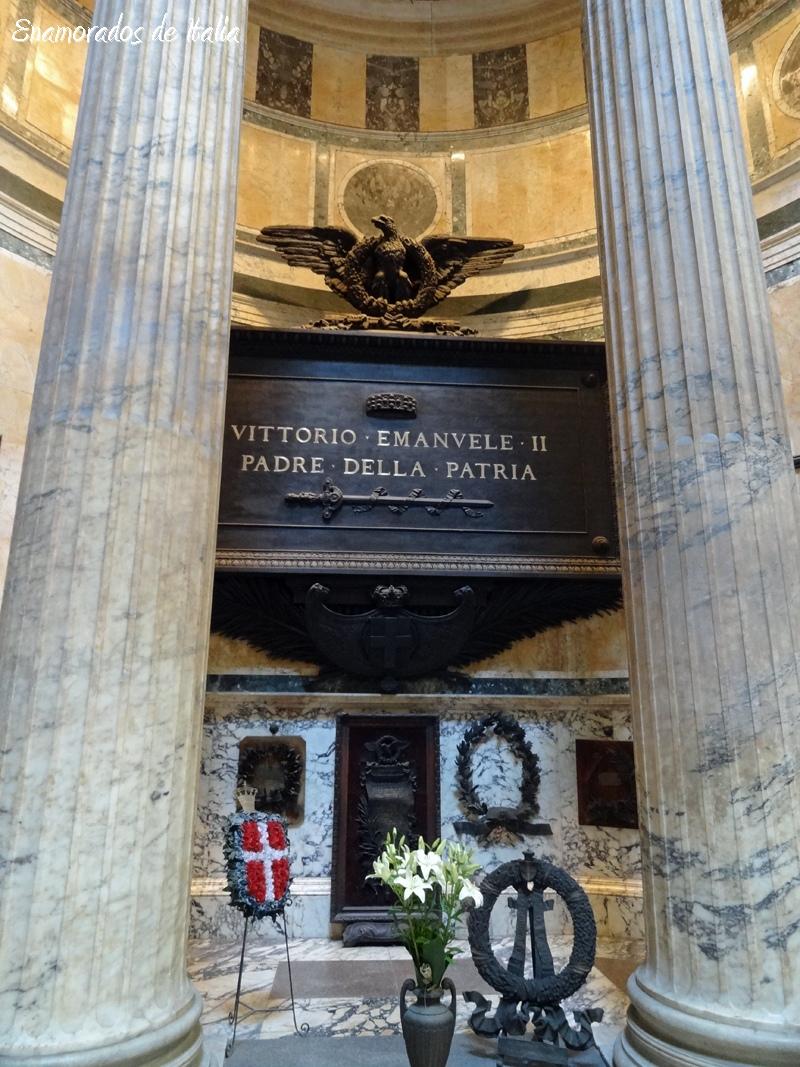 tumba de Vittorio Emanuele II en el Panteón, Roma
