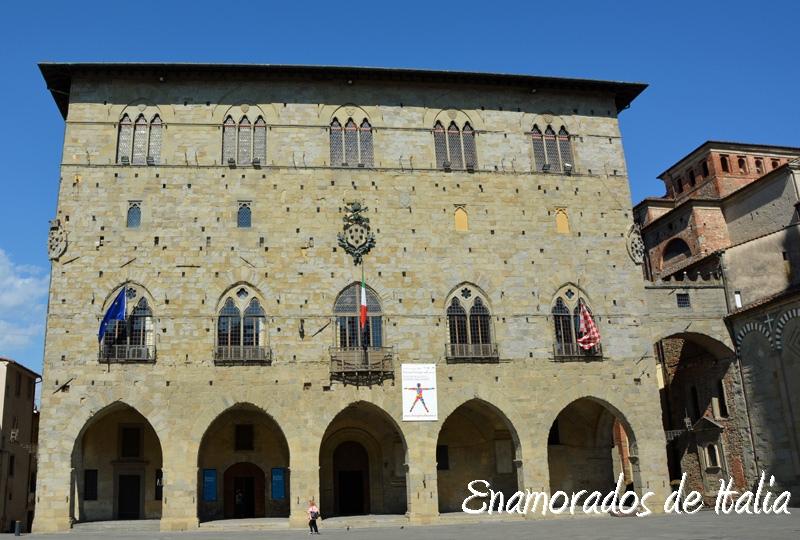 Ayuntamiento de Pistoia, Toscana.