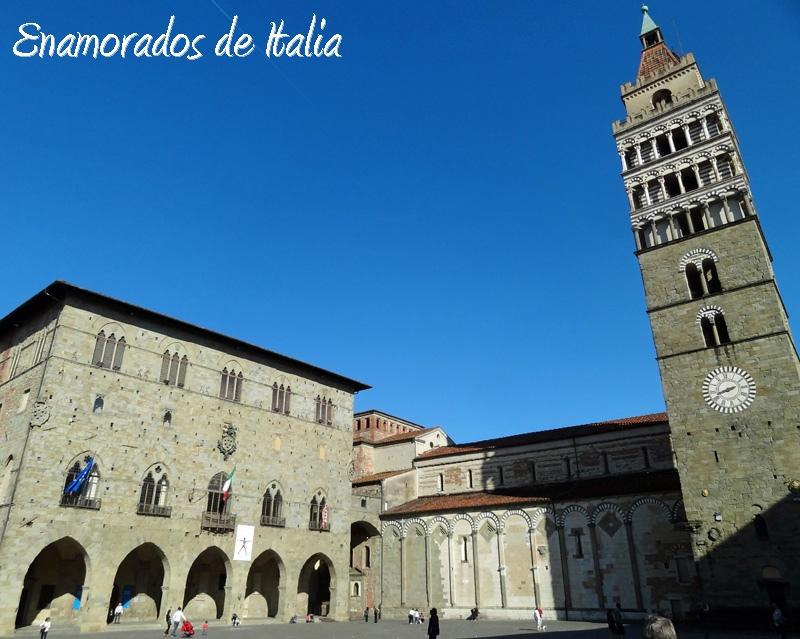 Pistoia Plaza Duomo.
