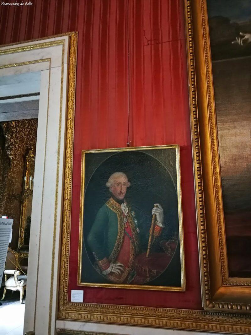 Nápoles en 48 horas, Palacio Real.