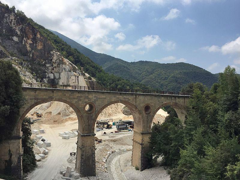 Puentes de Vara, Carrara, Toscana.