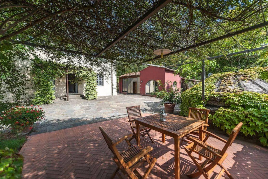 Terraza del agriturismo Il Pezzatino. Toscana.