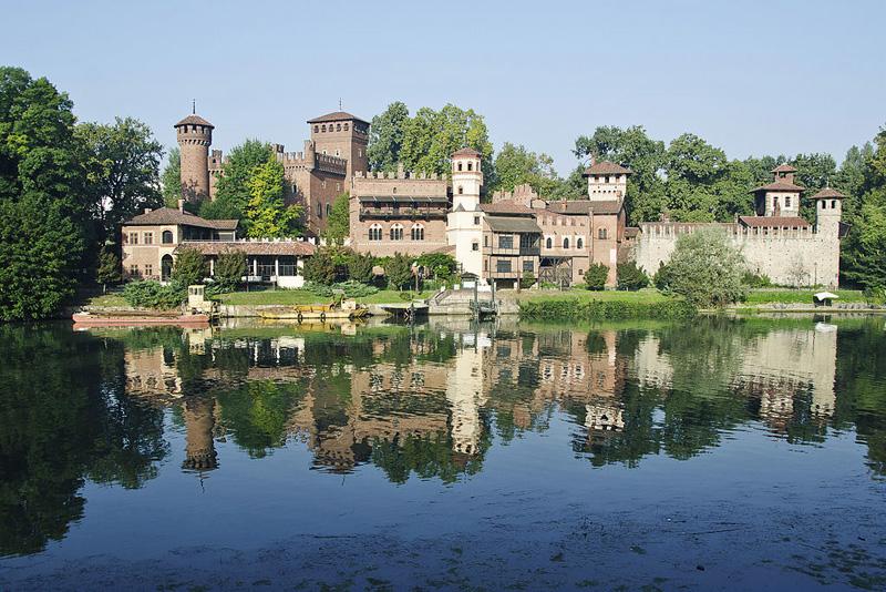 24 horas Turin Borgo Medievale