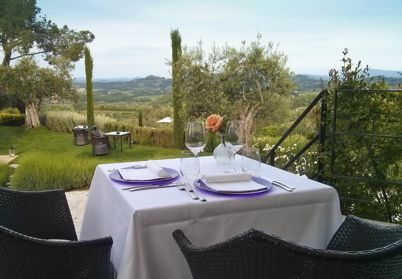 terraza del restaurante del boutique hotel Poggio Piglia, Toscana