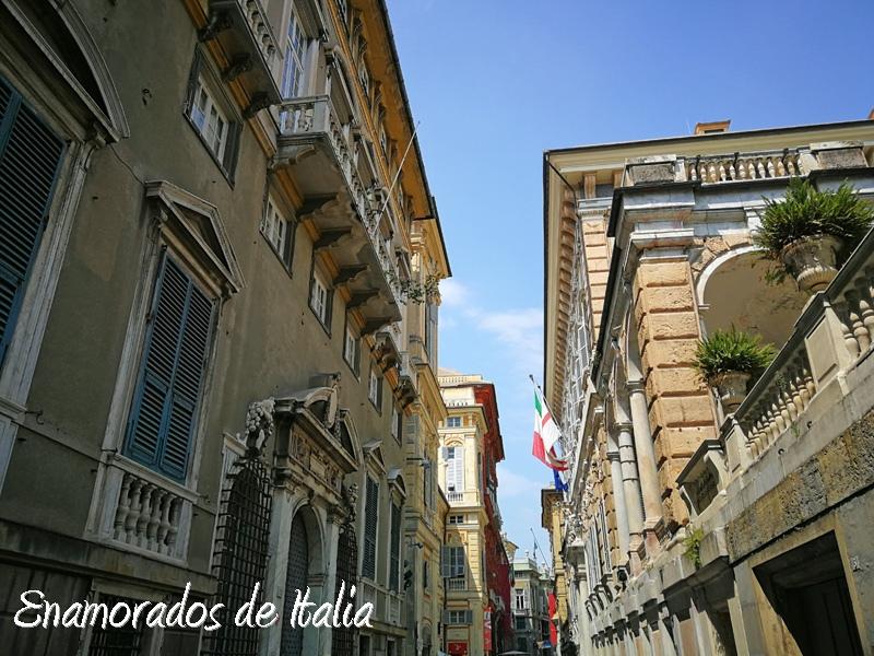 Génova en 24 horas Via Garibaldi.