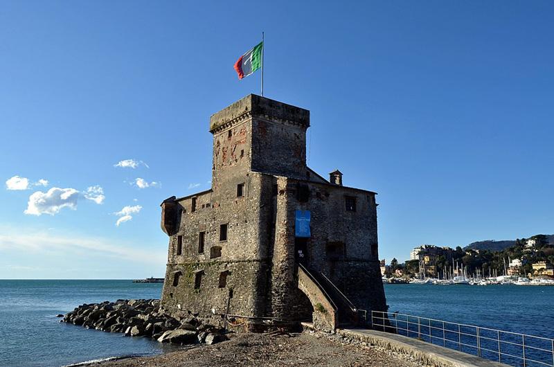 Turismo en Liguria. Castillo de Rapallo.