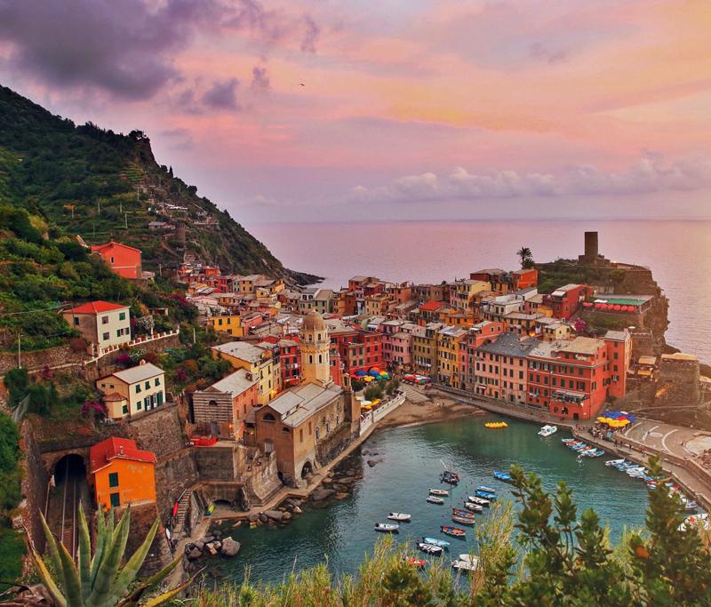 Weekend Le Cinque Terre puerto de Vernazza.