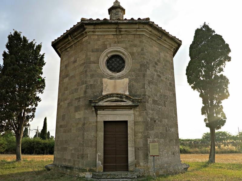 Oratorio de San Guido cerca de Bolgheri.